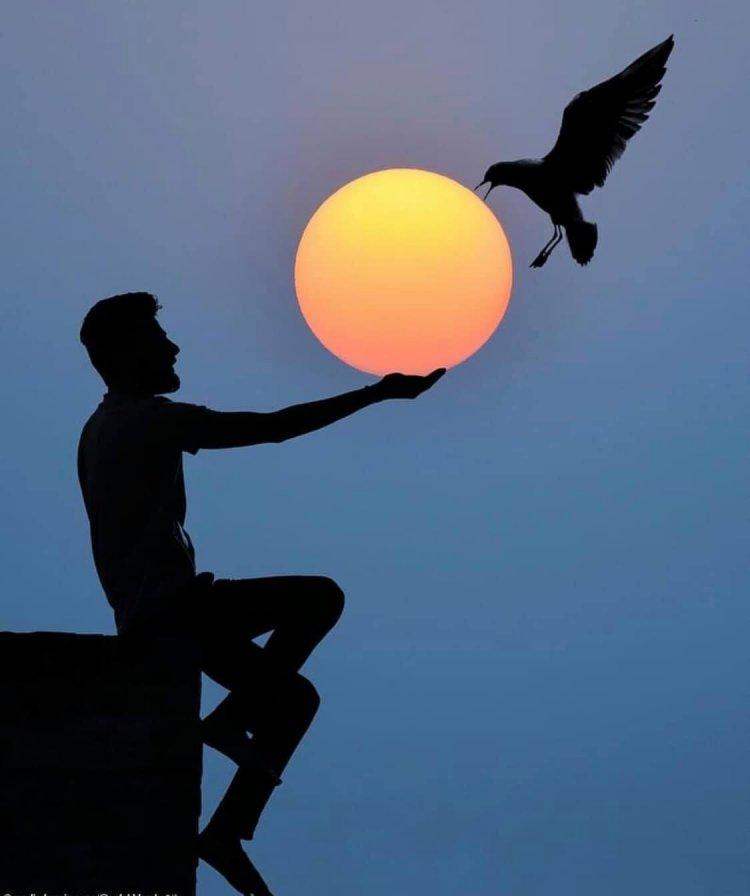 Solap Lamba, an Indian photographer amazes the world with his sunset photos